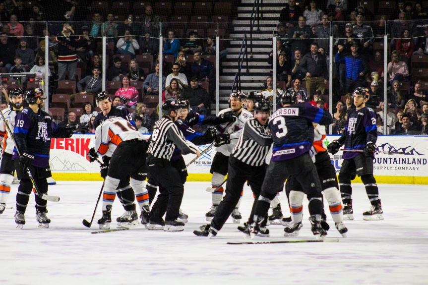 Utah Grizzlies vs Kansas City: Frustration