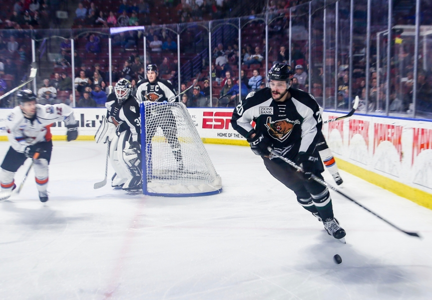 Utah Grizzlies vs Kansas City: The Moose is Loose
